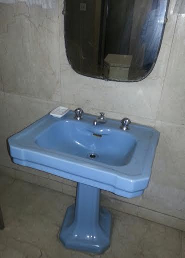 Pia de banheiro  Produtos Fora de Linha -> Pia Banheiro Roca