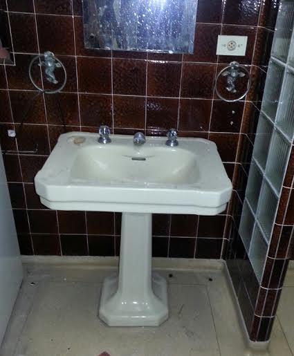 Pia de banheiro  Produtos Fora de Linha -> Pia De Banheiro Plastica